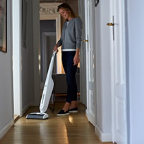 Vacuum and Wash